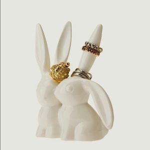 restocked🥳UO Love Bunnies Ring Holder